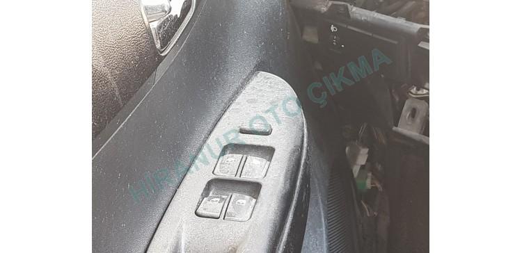 Hyundai i20 Çıkma Cam Açma Düğmesi